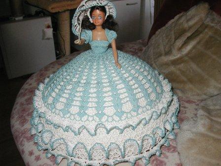Barbie Mit Gehäkeltem Kleid Hobby Kleinanzeigennet